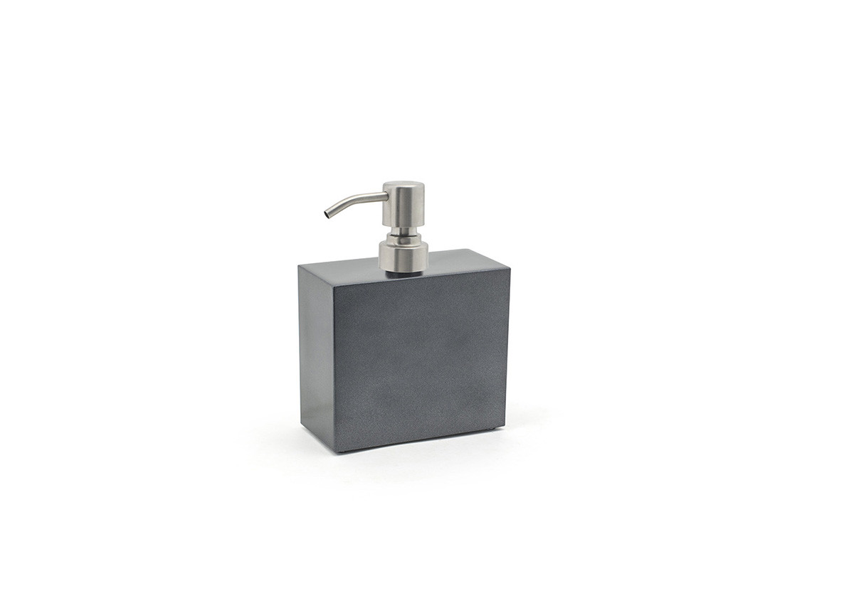 28oz New York Pump - Onyx with Brushed Top