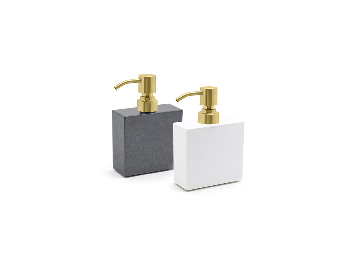 11oz New York Soap Pump - with Matte Brass Pump
