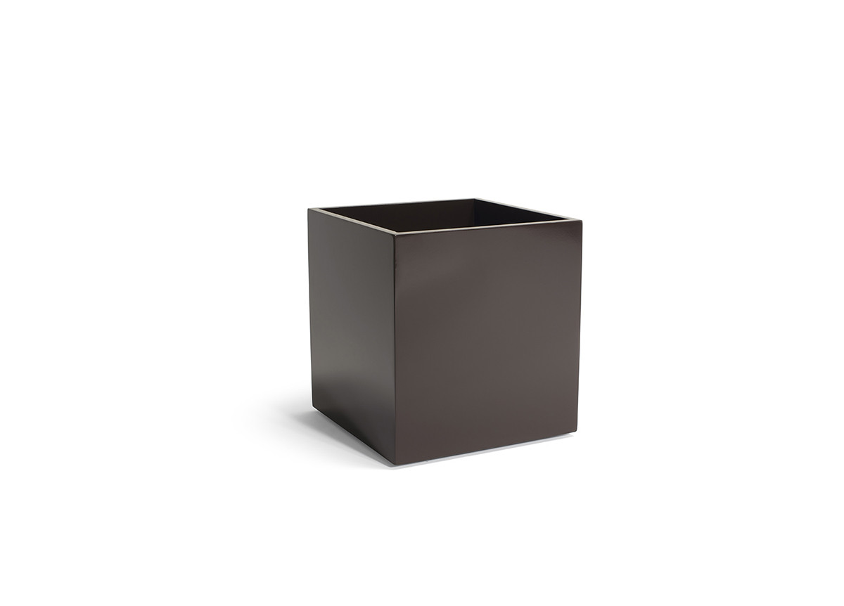 8qt New York Cube - Chocolate
